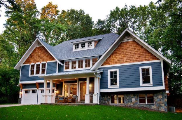 cedar-shakes-siding-and-asphalt-roof
